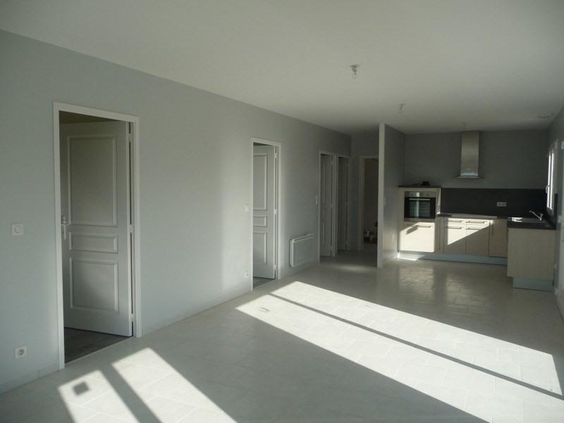 Location maison / villa Lingreville 630€ CC - Photo 2