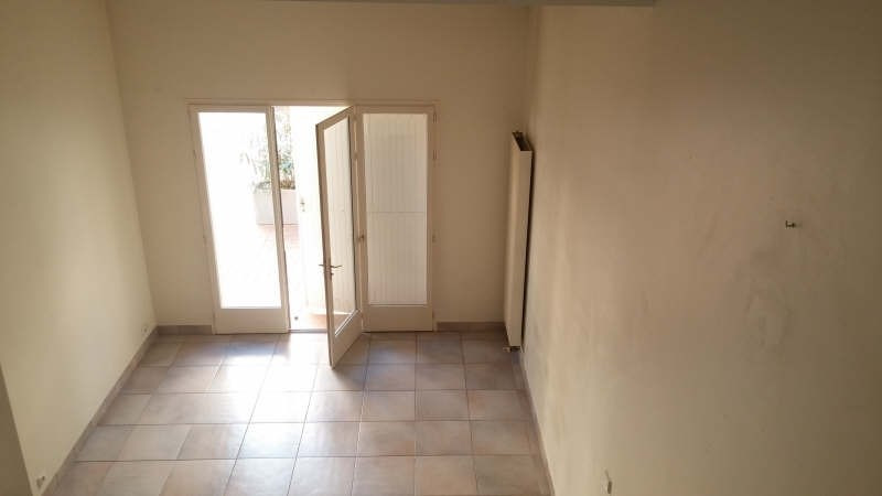 Location appartement Nimes 760€ CC - Photo 6
