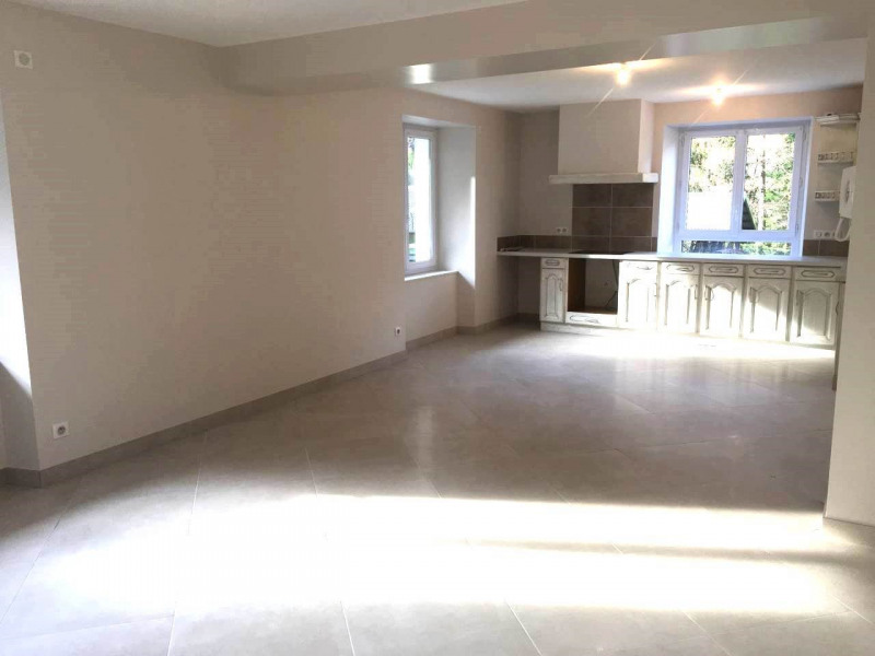 Location appartement Le petit-bornand-les-glières 841€ CC - Photo 3