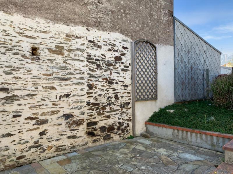 Sale house / villa Le fief sauvin 100900€ - Picture 6