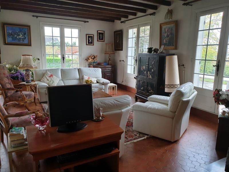 Sale house / villa Fontaine etoupefour 353100€ - Picture 2