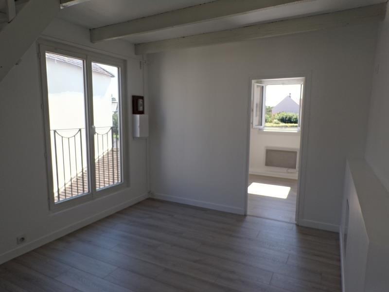 Rental apartment Guyancourt 760€ CC - Picture 3