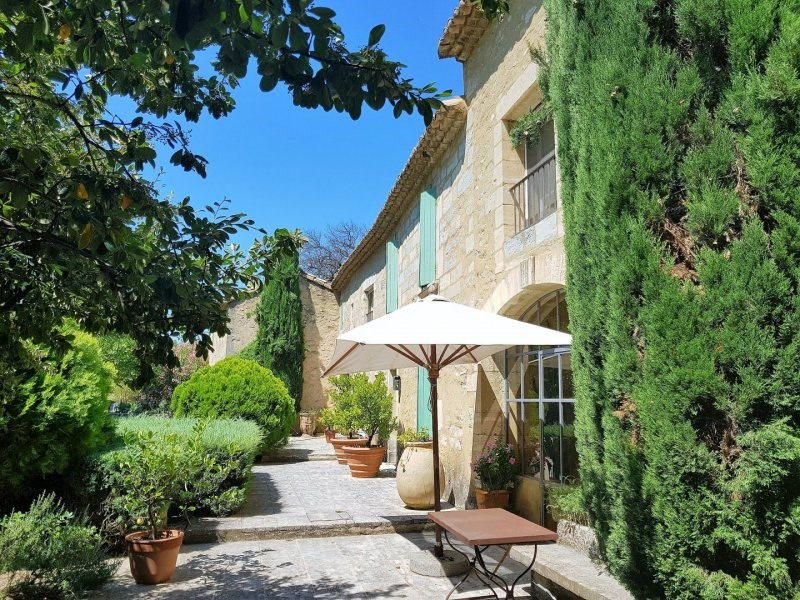 Deluxe sale house / villa Barbentane 3 990 000€ - Picture 1