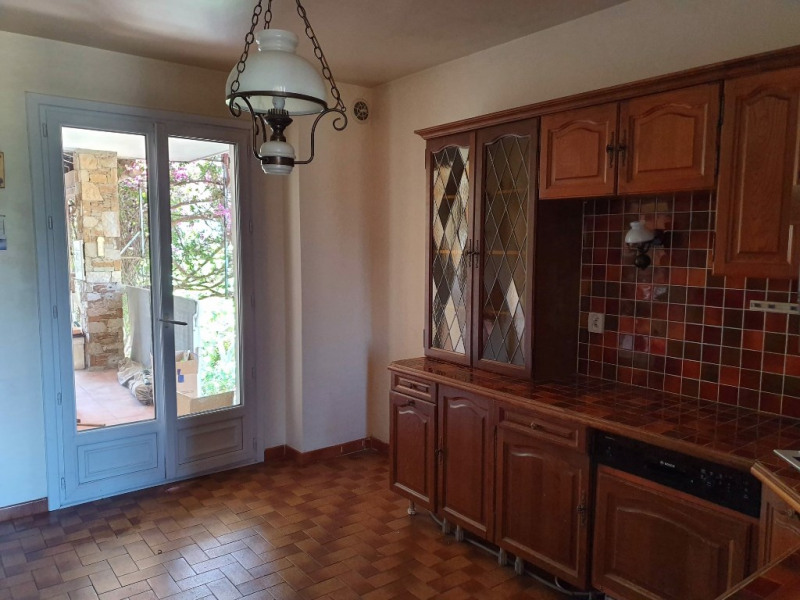 Vente maison / villa Hyeres 548 600€ - Photo 4
