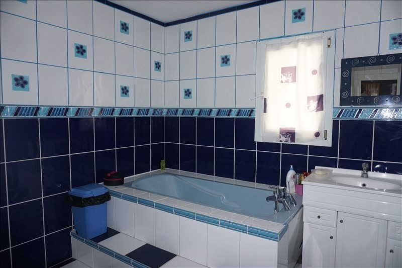 Vente maison / villa St andre de cubzac 249900€ - Photo 7