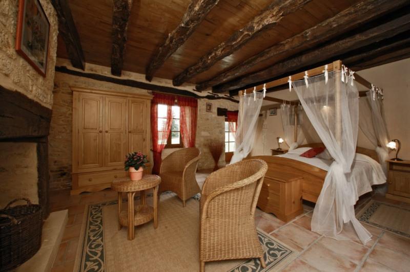 Deluxe sale house / villa Saint-amand-de-coly 728000€ - Picture 4