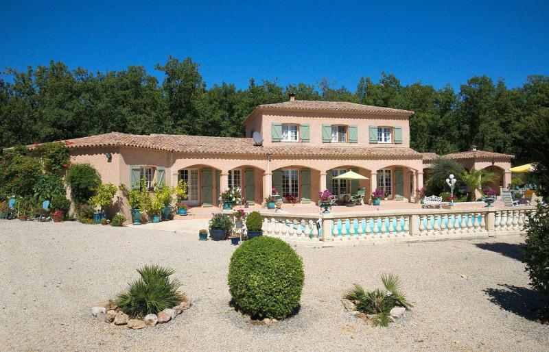 Vente de prestige maison villa 6 pi ce s mons 145 m avec 4 chambres 515 000 euros for Achat villa de prestige