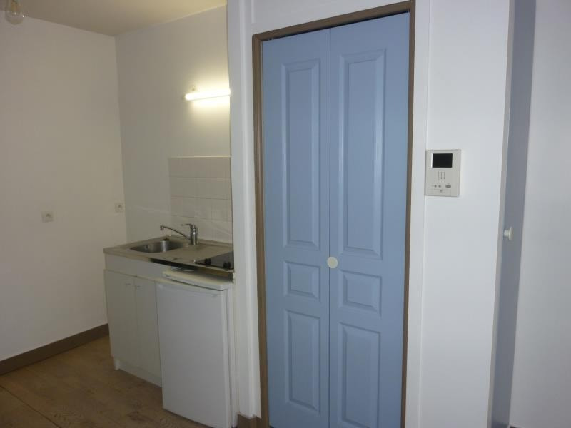 Produit d'investissement appartement Poissy 141 240€ - Photo 2