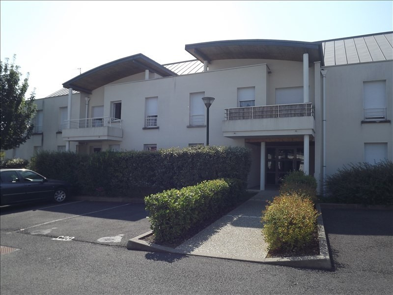 Location appartement Vendome 444€ CC - Photo 1