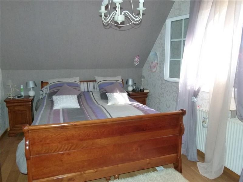 Sale house / villa Montfort l amaury 470000€ - Picture 10