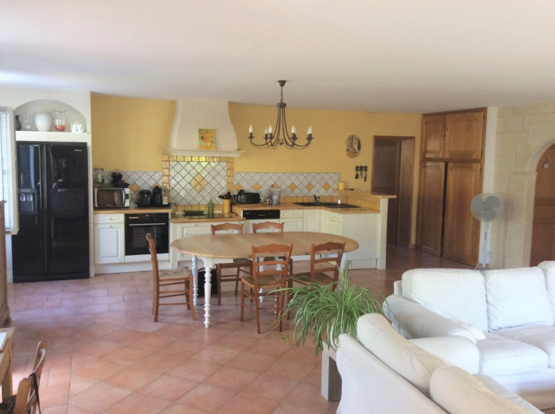 Sale house / villa Chaillevette 286 000€ - Picture 3