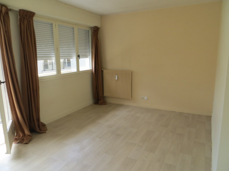 Rental apartment Clermont ferrand 490€ CC - Picture 3