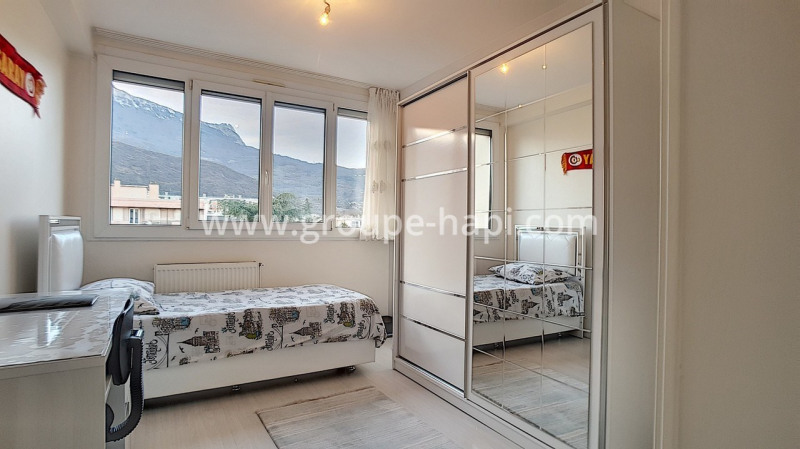 Sale apartment Échirolles 118000€ - Picture 2