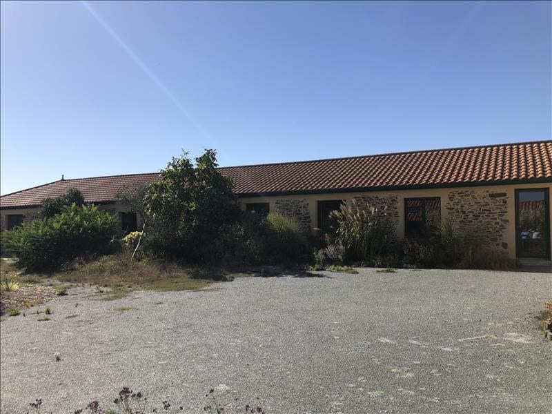 Sale house / villa La poiteviniere 210800€ - Picture 2