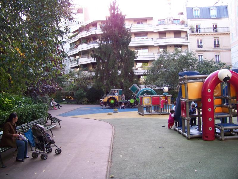 Location appartement Levallois-perret 3440€ CC - Photo 1