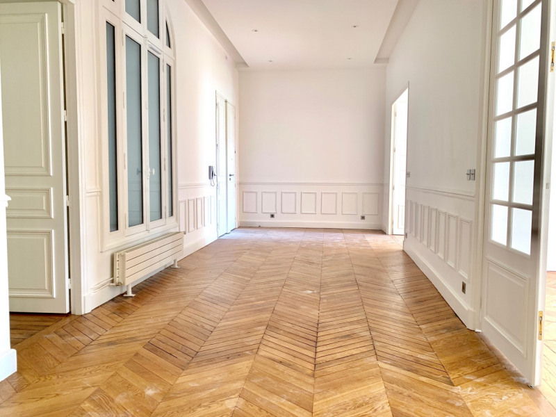 Rental apartment Paris 16ème 6 995€ CC - Picture 5
