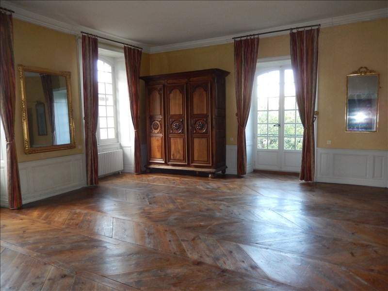 Location appartement Le puy en velay 606,79€ CC - Photo 1