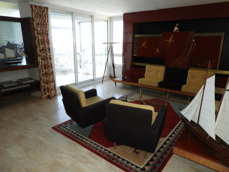 Sale apartment Royan 357000€ - Picture 2