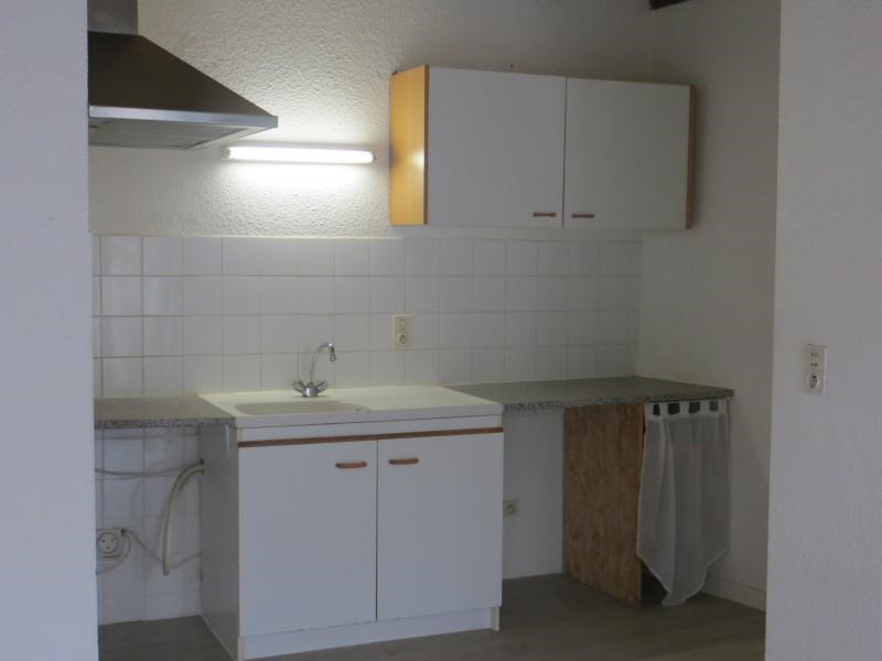 Location maison / villa La roche blanche 826€ CC - Photo 3
