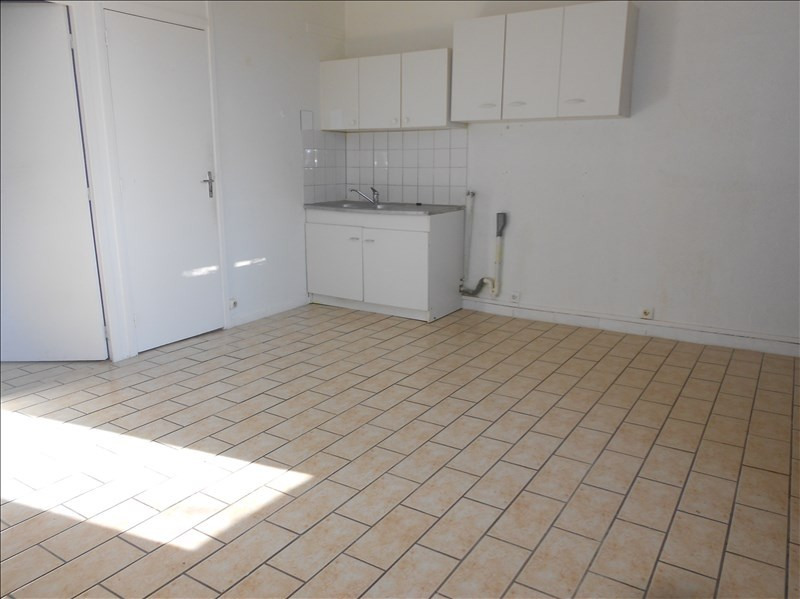 Location appartement Grandpuits bailly carrois 480€ CC - Photo 1