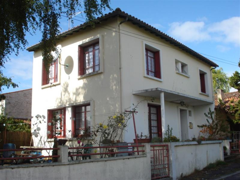 Sale house / villa Bords 98100€ - Picture 4