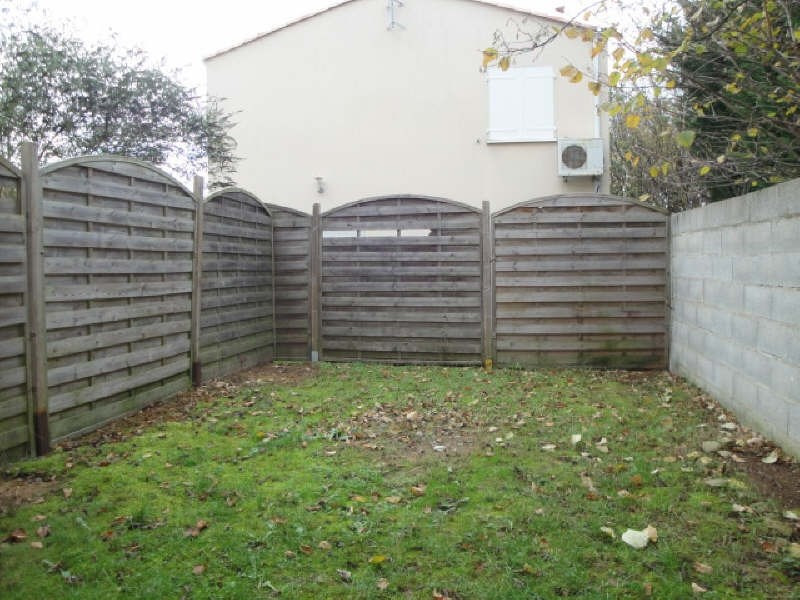Location maison / villa La creche 560€ CC - Photo 5