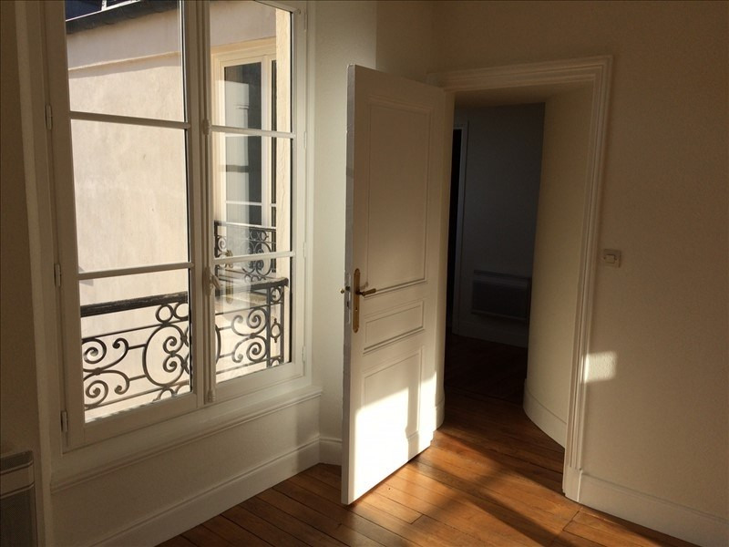 Location appartement Versailles 1 284€ CC - Photo 3