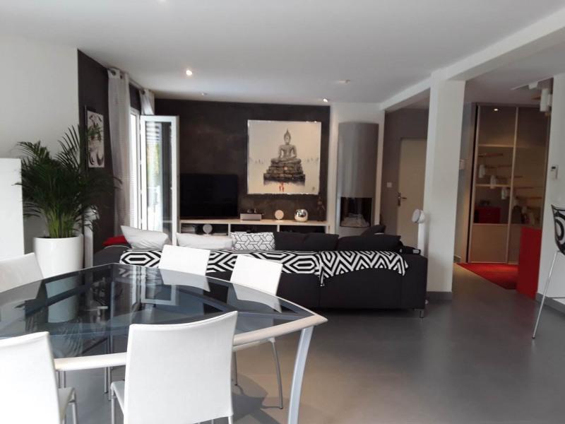 Deluxe sale house / villa Gaillard 625000€ - Picture 2