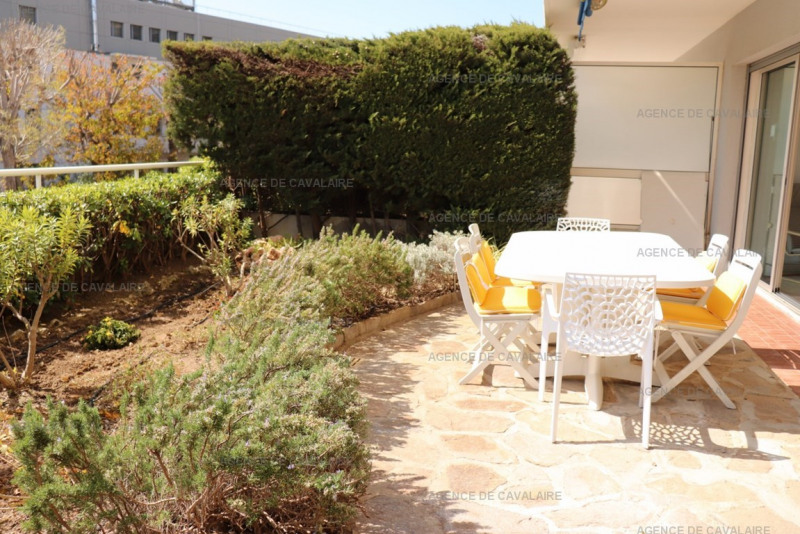 Vacation rental apartment Cavalaire sur mer  - Picture 9
