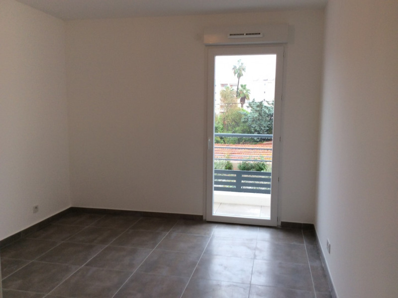 Location appartement Fréjus 770€ CC - Photo 5