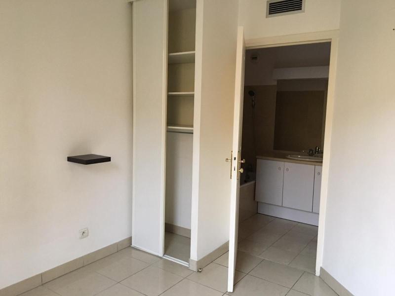 Location appartement Aix en provence 871€ CC - Photo 2