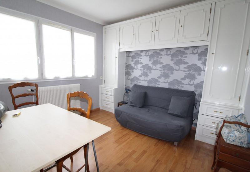 Sale house / villa Maurepas 346500€ - Picture 5