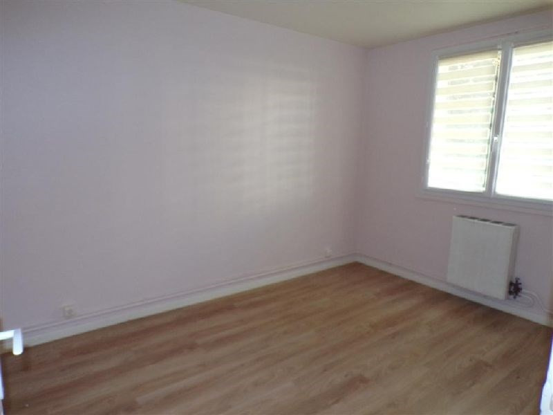 Sale apartment Ste genevieve des bois 110 000€ - Picture 3
