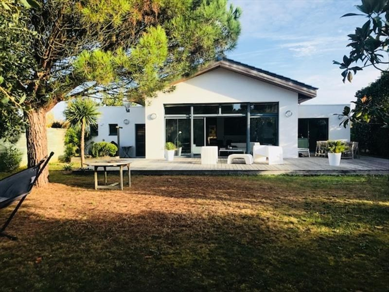 Sale house / villa Jard sur mer 497000€ - Picture 1