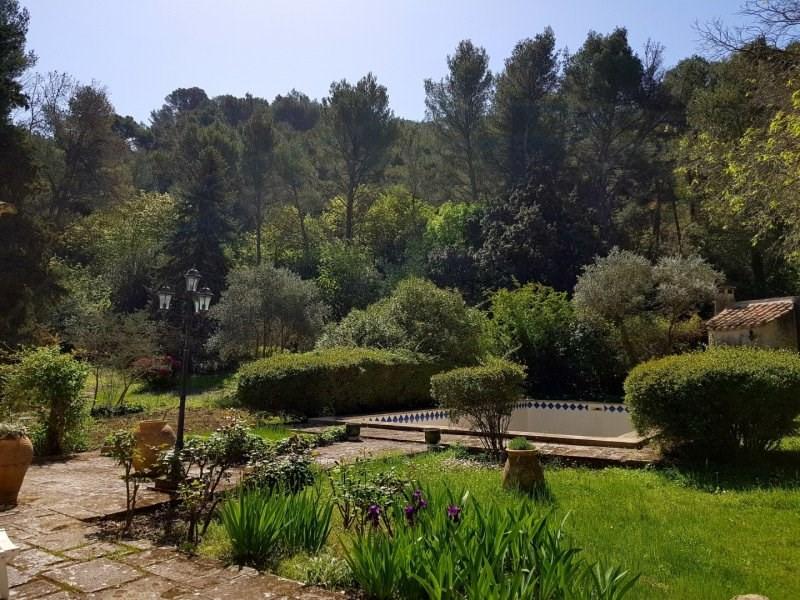 Vente de prestige maison / villa Saint etienne du gres 799000€ - Photo 5