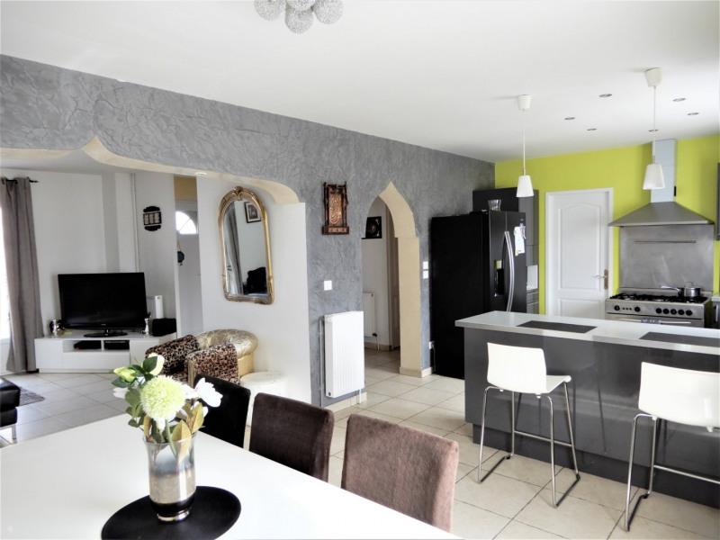 Sale house / villa Fontenay le vicomte 299000€ - Picture 3