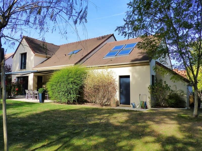Sale house / villa Montfort l amaury 845000€ - Picture 1