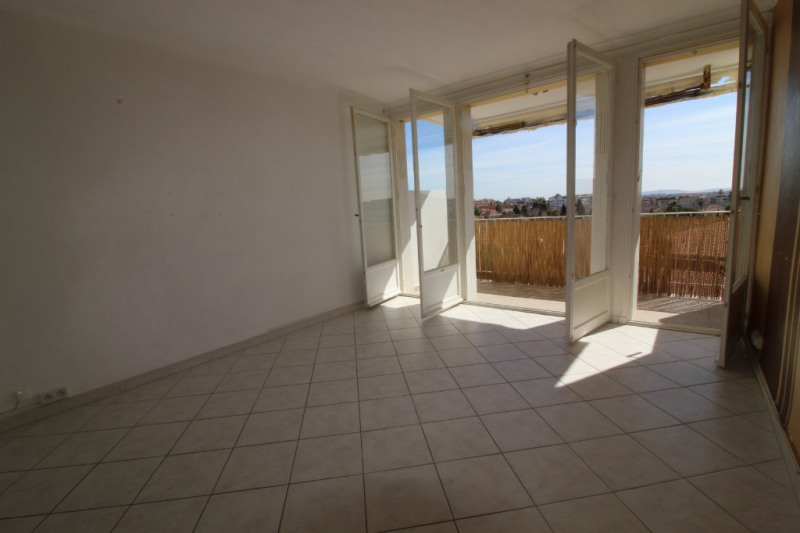 Vente appartement Hyeres 179 900€ - Photo 1