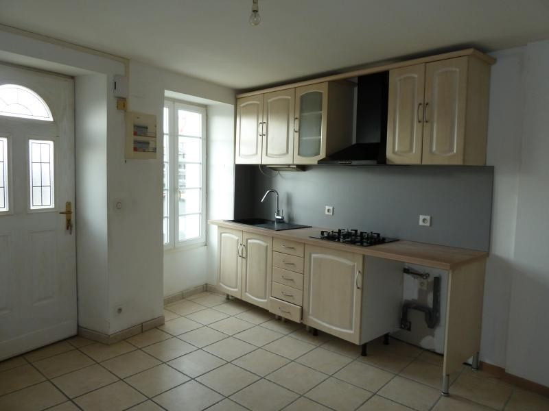 Sale house / villa Niort 78 840€ - Picture 2