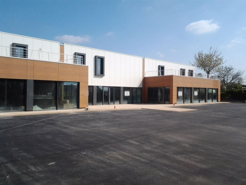Vente local commercial Pleuven 375 200€ - Photo 1