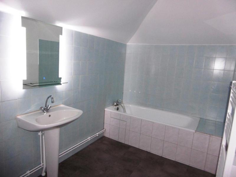 Location appartement Amplepuis 300€ CC - Photo 3