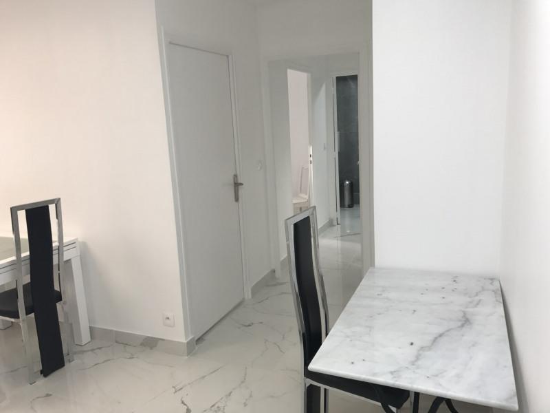 Rental apartment Paris 20ème 1290€ CC - Picture 13