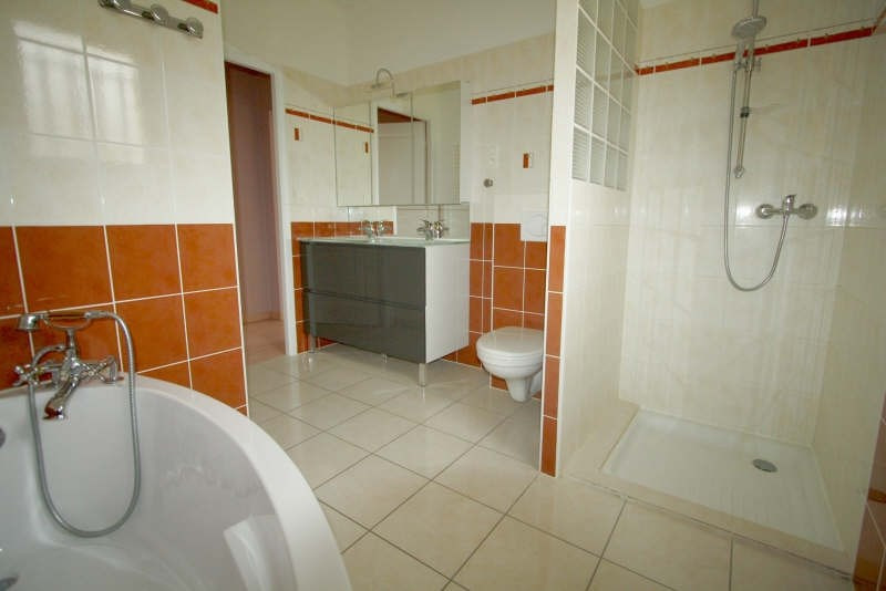 Location maison / villa Montagnac la crempse 750€ CC - Photo 4