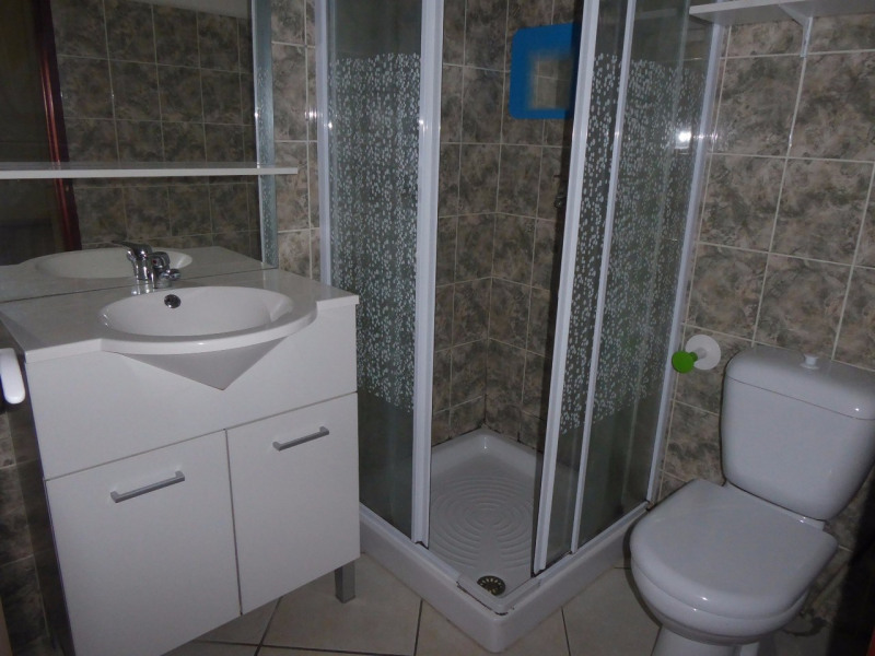 Location maison / villa Labégude 690€ CC - Photo 5