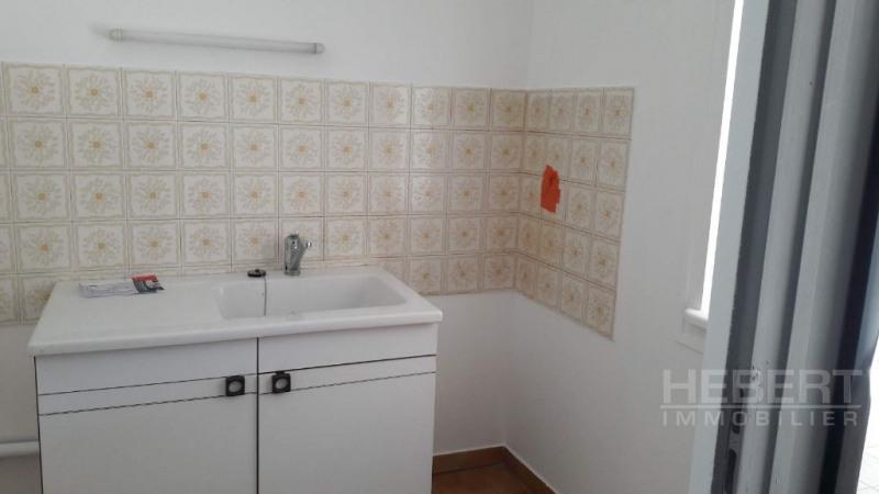 Rental apartment Sallanches 560€ CC - Picture 8