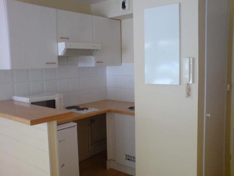 Location appartement La rochelle 495€ CC - Photo 1