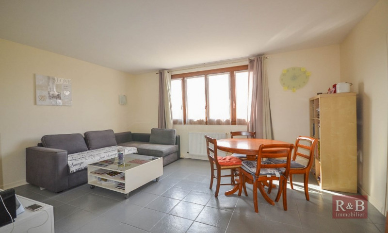 Vente appartement Les clayes sous bois 188000€ - Photo 1