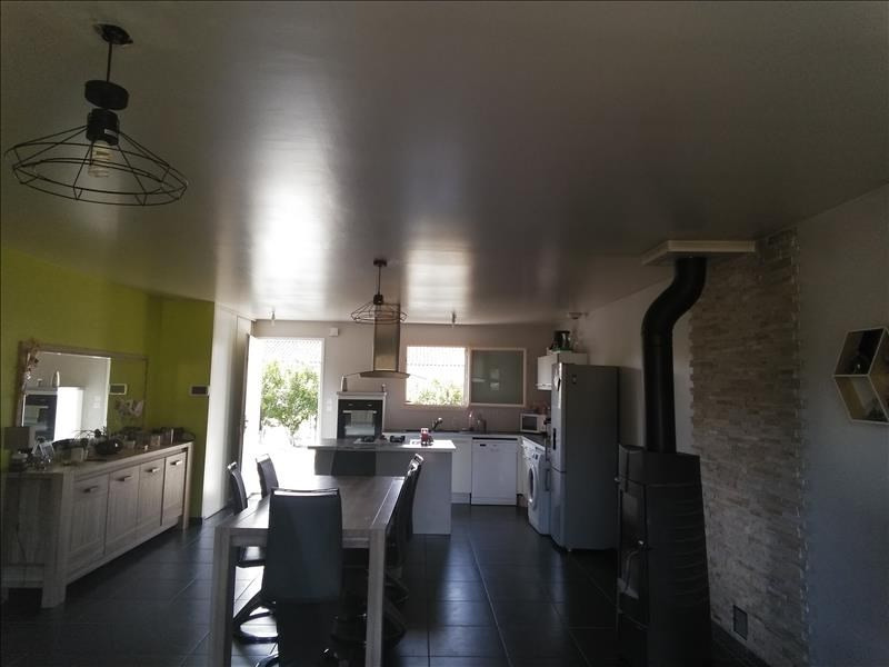 Vente maison / villa Montcaret 196 000€ - Photo 3