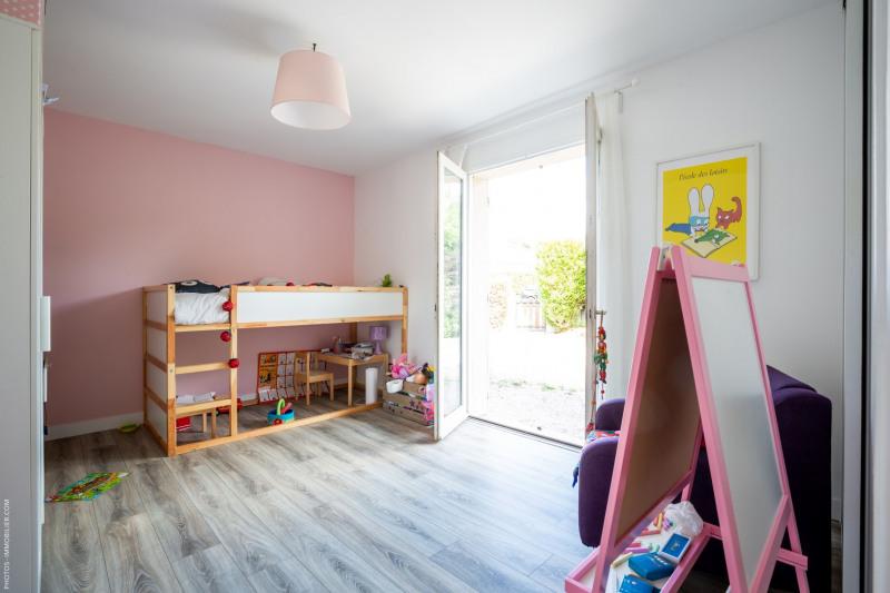 Sale house / villa Blanquefort 374500€ - Picture 4