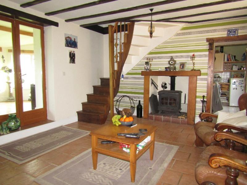 Sale house / villa Noyant la gravoyere 142000€ - Picture 2